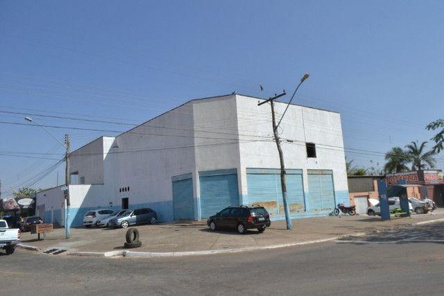 Galpão à venda - 587,5 m², acompanhado apto. Parque Ind. João Braz, Goiânia-GO
