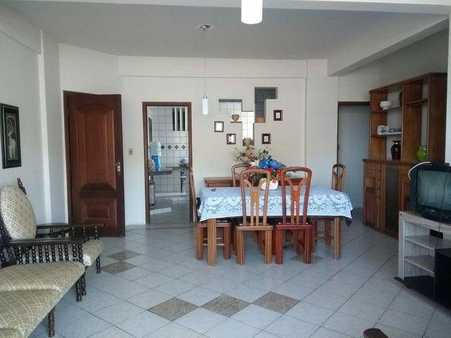 Grande apartamento para aluguel em Salinas. Ed. Bariloche. 4 quartos, s/ 3 suítes - Foto 3