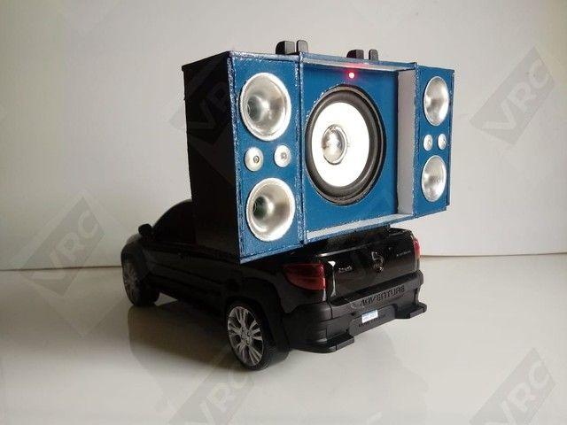 Miniatura Fiat Strada com mini paredão - Foto 5
