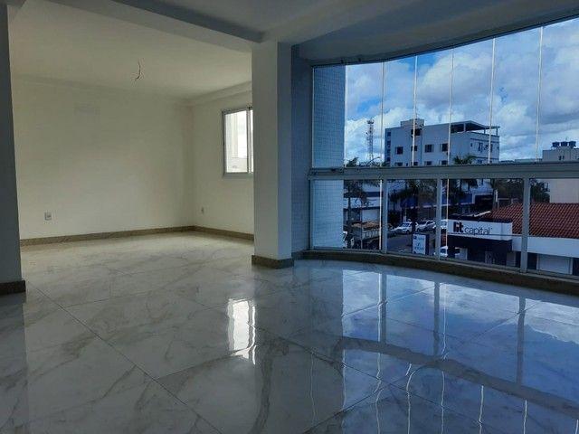 Apartamento 3 quartos para aluguel, 3 quartos, 1 suíte, 2 vagas, Centro - Linhares/ES - Foto 3