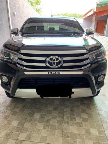 Hilux 2016 SRX diesel Top baixo km - Foto 6