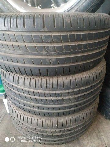 Pneus e rodas semi novos ,serve na capitiva ou for ranger - Foto 2