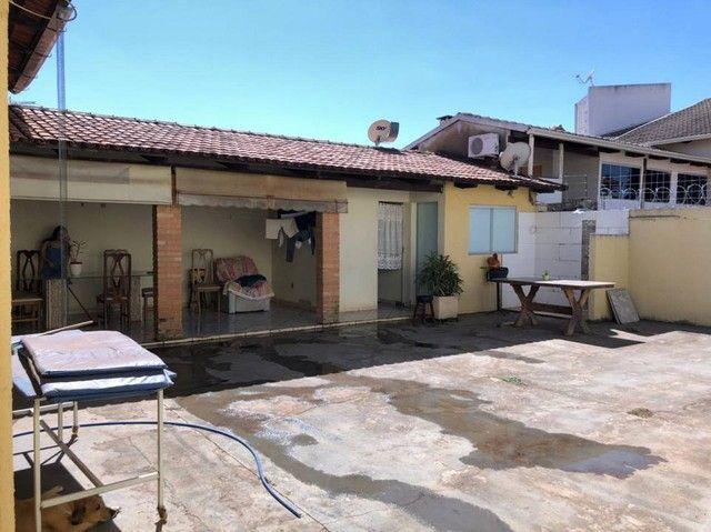 Casa Térrea com 211 m² e 360 m2 com 03 Quartos 01 suíte - Goiânia - GO/ - Foto 14