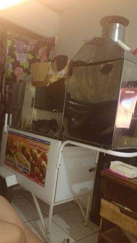 Carrinho de Cachorro Quente e churrasquinho - Street Food Luxo 3x1 - Foto 3