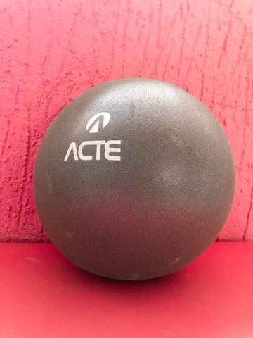 Bola De Pilates Overball 25cm Cinza T72 Acte