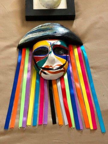 Mascara e quadro decorativo - Foto 3