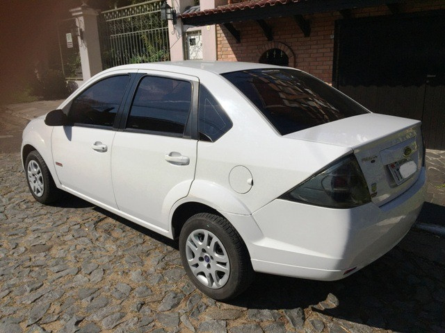Fiesta Sedan Class 1.6 2013 - Foto 2