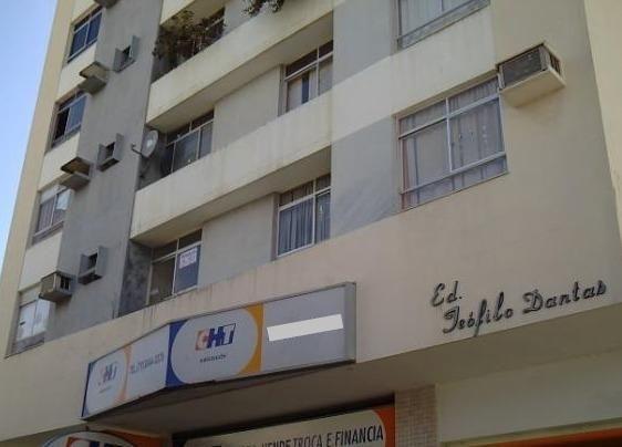 Apartamento Reformado no Condomínio Edifício Teófilo Dantas, No Centro de Aracaju