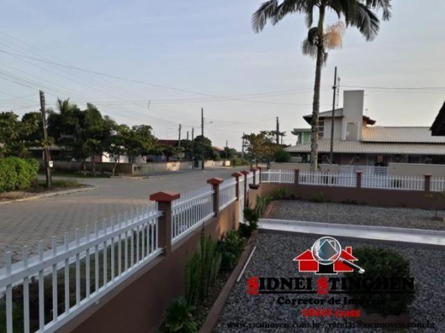 Excelente casa de esquina, na praia de Bal. Barra do Sul - SC. - Foto 16