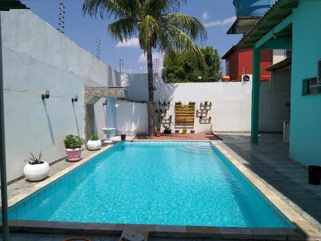Alugo Linda casa Com Piscina no Parque 10 com 5 Quartos e 2 Suítes - Foto 14