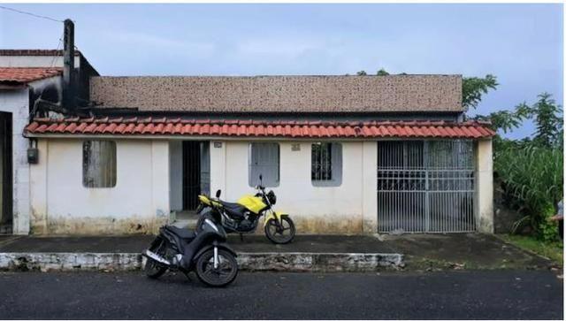 Alugo Casa em Salinas Bem Localizada