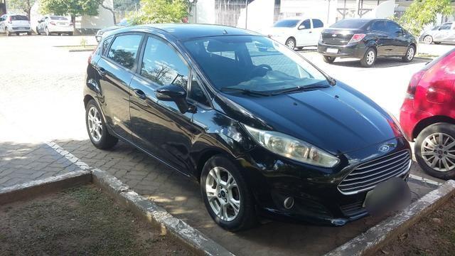 New Fiesta Hatch. Carro da Família.