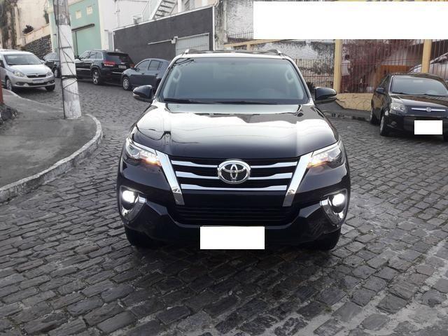 Vendo Toyota Hilux Sw4 Srx 4x4 automática, 7 lugares, financio, passo cartão