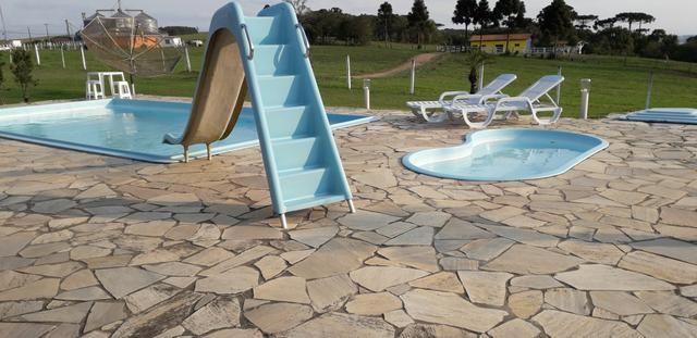ALUGO Chácara com piscina e muito lazer para férias e temporada - Foto 4