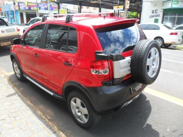 Vw - Volkswagen Crossfox 1.6 09/10 completo. Vende/troca/financia - Foto 4