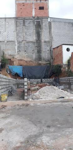 Terreno comercial ou residêncial já construção ótimo localização - Foto 2