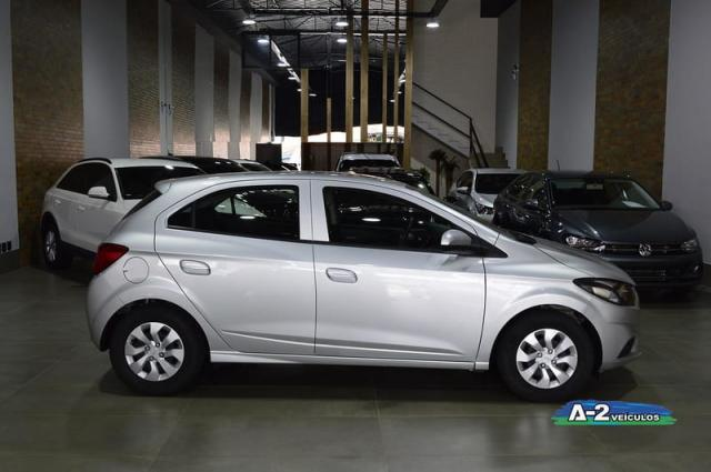 CHEVROLET ONIX 1.0 LT 8V FLEX 4P MANUAL  - Foto 7