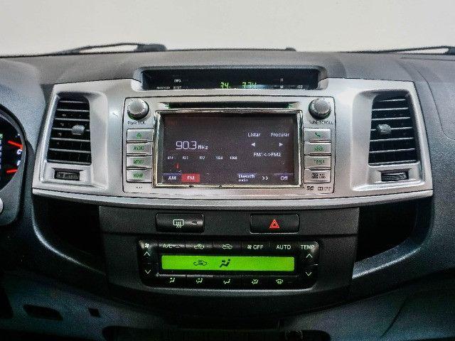 Toyota Hilux 3.0 SRV Turbo Diesel 4x4 Aut 2014 apenas 80.000 KM rodados - Foto 8