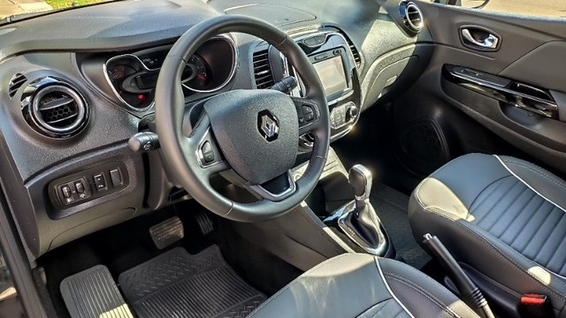 Renault Captur Intense 1.6 CVT 2018 - Foto 18