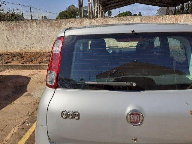 Vende-se Fiat Uno 2013 completo - Foto 4