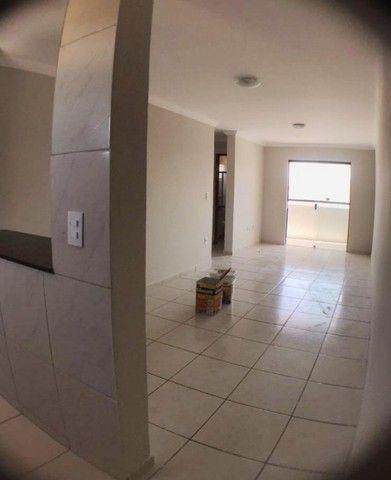 Apartamento nos Bancários com 2 quartos e vaga de garagem. Pronto para morar!!!