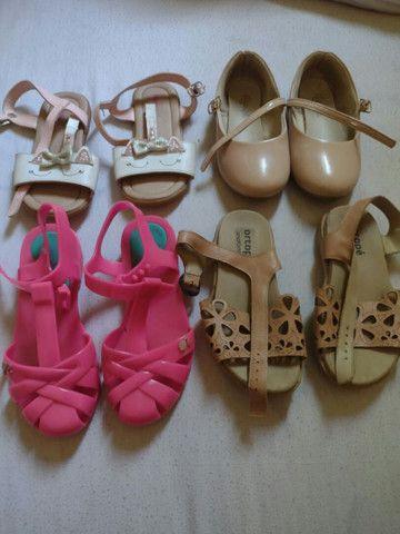 Desapego de sandálias infantis