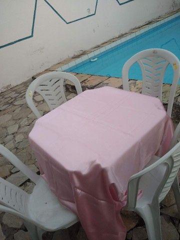 Aluguel de mesas e cadeiras, toalhas e freezer - Foto 2