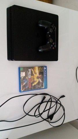 PS4 pouco usado