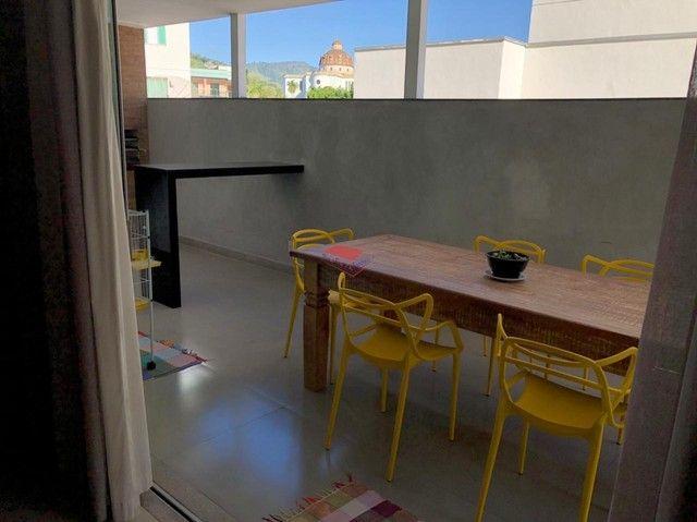 Apartamento com área privativa, a venda no bairro Funcionários.