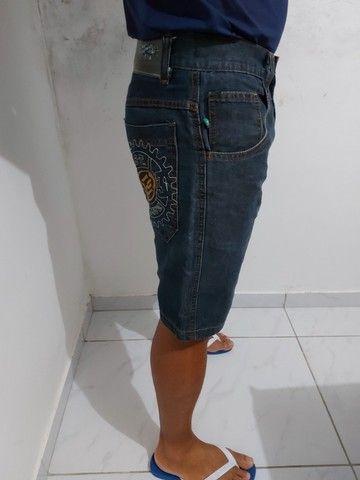 Bermuda jeans masculina M - Foto 4