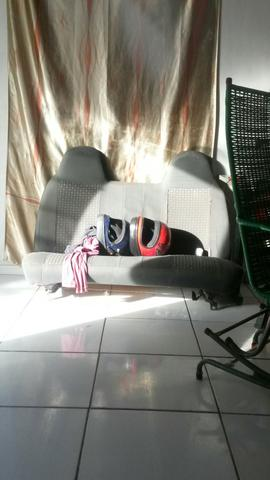 Vendo sofa de carro .250