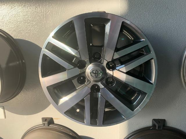 Rodas Aro 17 Toyota Hilux SRX - Foto 11