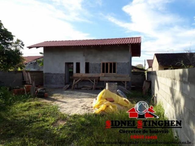 Casa c/ suíte em amplo terreno, em Bal. Barra do Sul - SC.