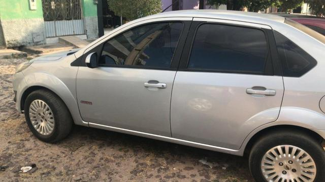 Fiesta sedan 1.6 12/13 - Foto 2