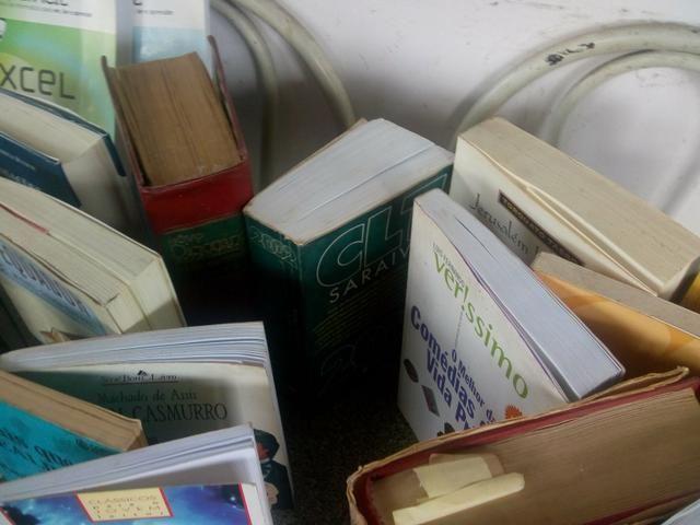 7f8035c2b38ab Livro - Outros itens para comércio e escritório - Costa Barros, Rio ...