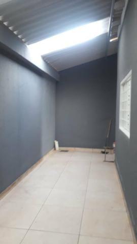 Linda Casa Laje Esquina Ao Lado do Centro, 02 Quartos - Foto 16