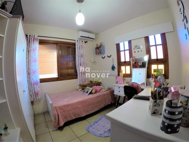 Casa à Venda no Bairro Parque Pinheiro 4 Dorm, Lareira, Churrasqueira, Piscina - Foto 11