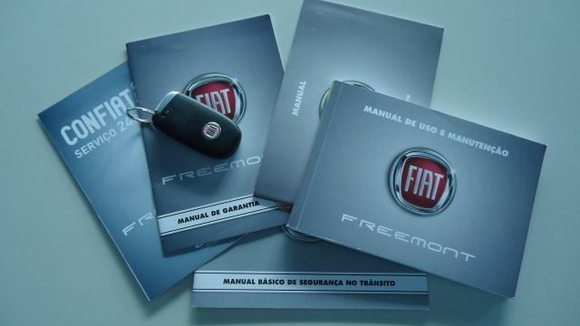 FIAT FREEMONT 2012/2012 2.4 PRECISION 16V GASOLINA 4P AUTOMÁTICO - Foto 9