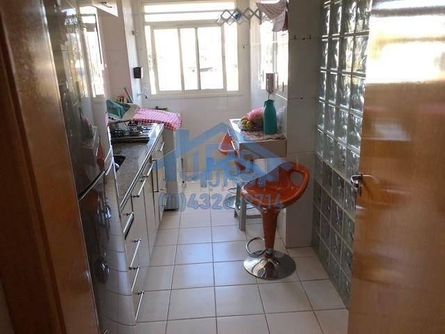 Apartamento com 2 dormitórios à venda, 51 m² por R$ 350.000,00 - Jardim Tupanci - Barueri/ - Foto 3