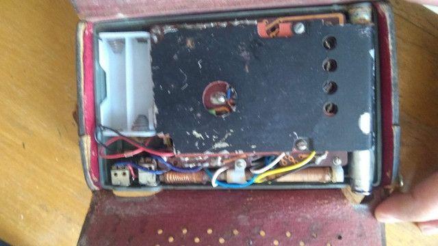 Rádio Sharp Transistor 8 Antigo