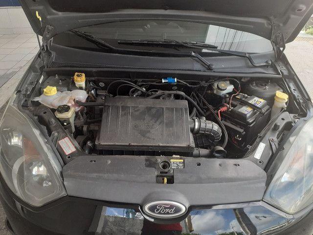 FORD/ Fiesta Hatch 1.6 ANO 2011 cor preta completo - Foto 8