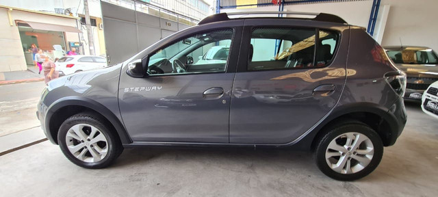 Renault Sandero Stepway dynamique 17/18 manual - Foto 4