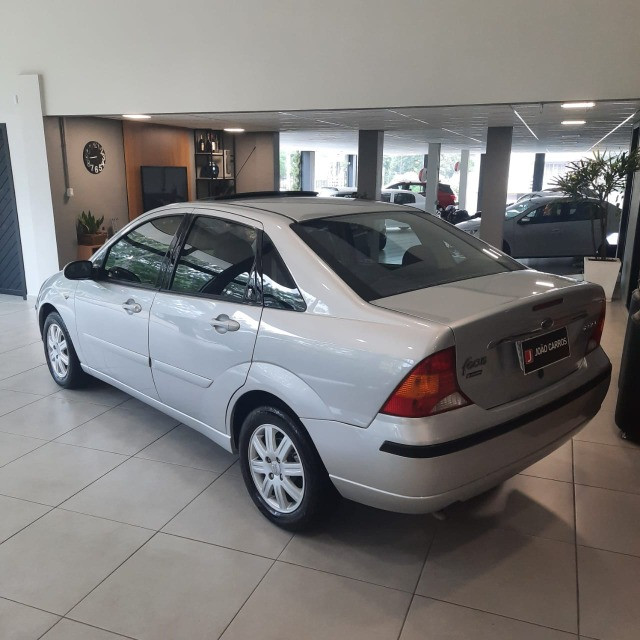 Ford Focus Sedan Ghia 2.0 16v Automatico 2006 - Foto 5