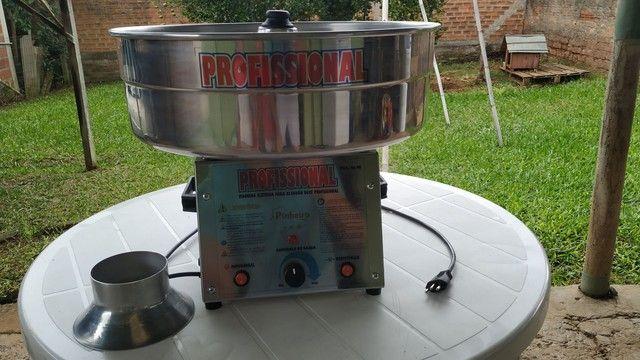 Vendo máquina profissional de fazer algodão doce ( pouquíssimo uso) - Foto 3