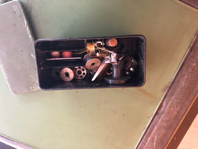 Máquina de costura Elna - Foto 5