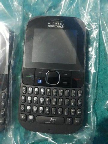 3 celulares Alcatel one touch - Foto 2