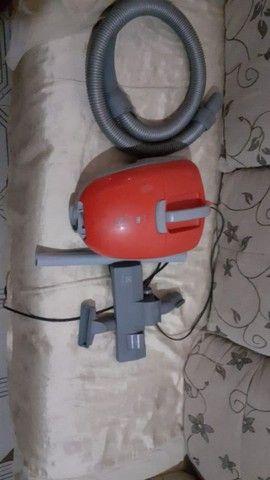 Vendo aspirador Electrolux 200,00