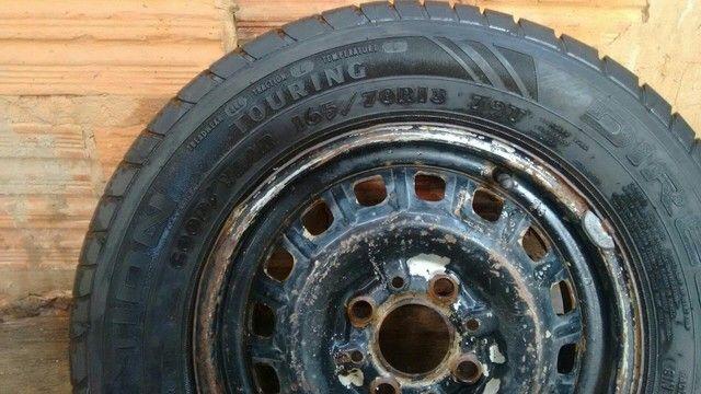 Vendo pneu zerado