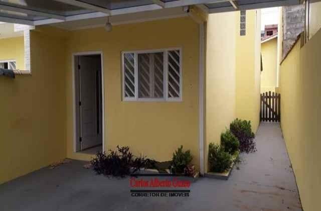Sobrado semi novo com ótima localização em Pinhalzinho-SP. cod 2300