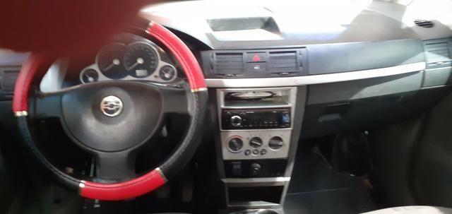 Vendo esse carro meriva em dia ano 2010